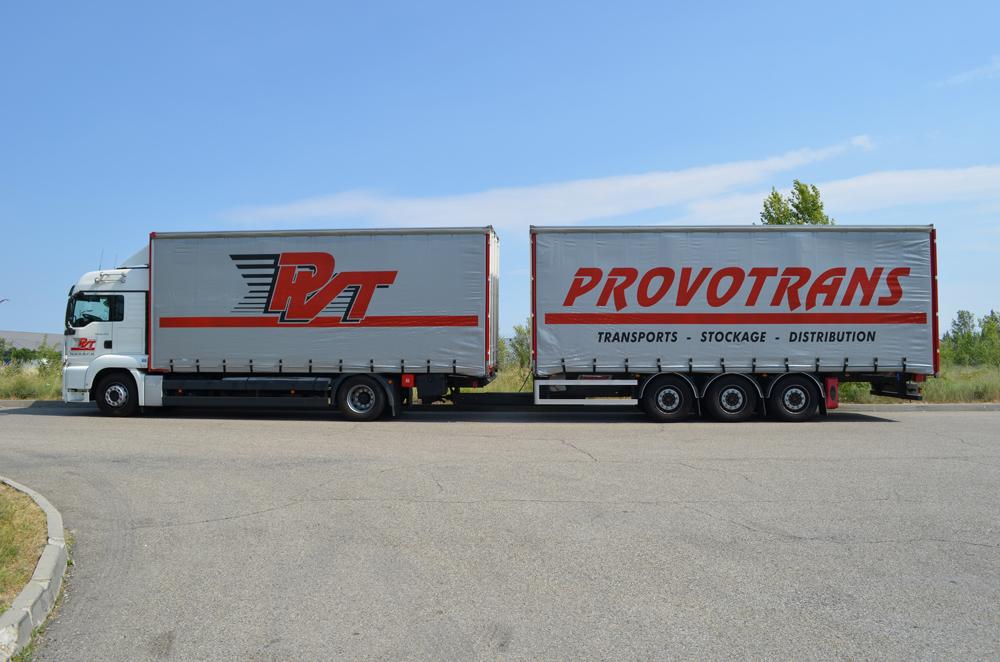 société de transport routier et distribution de marchandises, proche